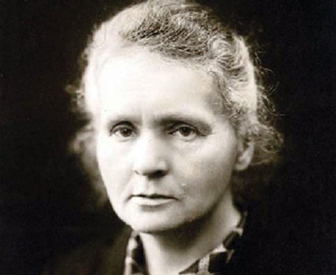Marie_Curie_c1920_Wikipedia2